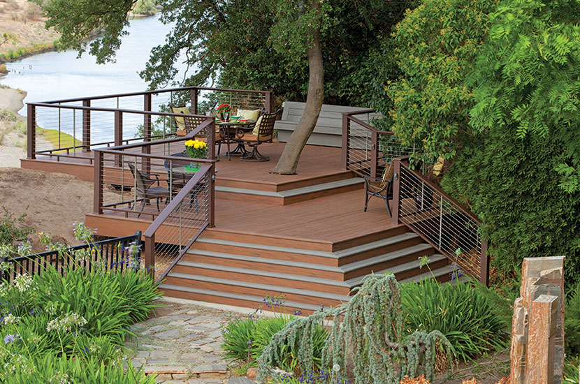 Evolutions rail contemporary style capped composite railing for Capped composite decking
