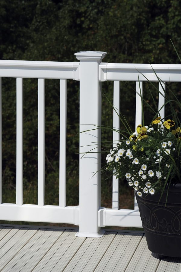 CertainTeed's EverNew® Oxford Vinyl Railing 4