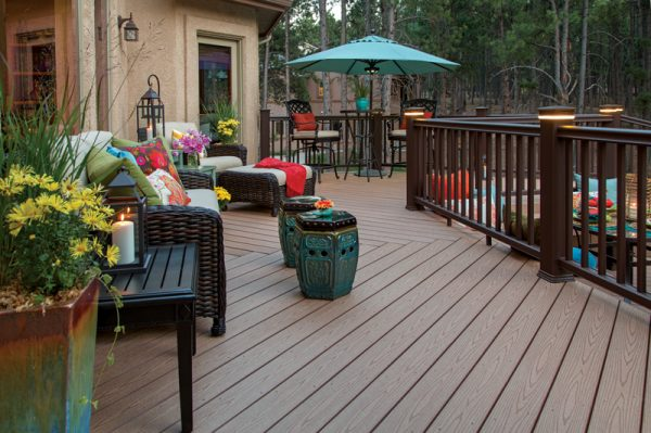 TimberTech/Azek Deck & Rail Lighting - Lighted Island Cap