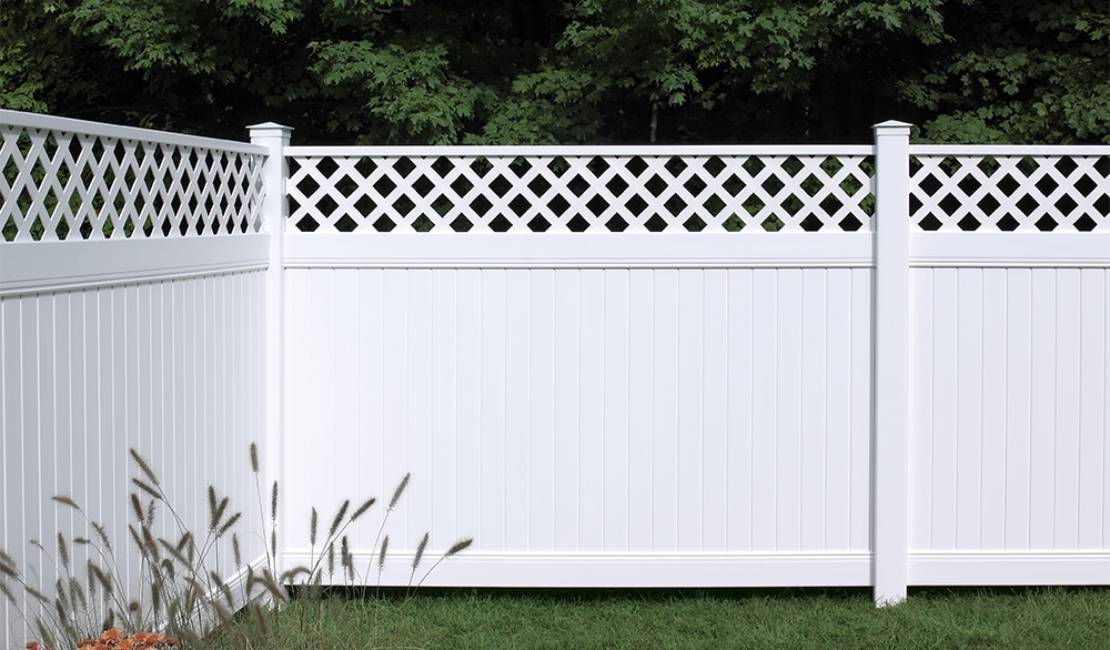 Vinyl Vs Aluminum Fencing What 39 S The Difference