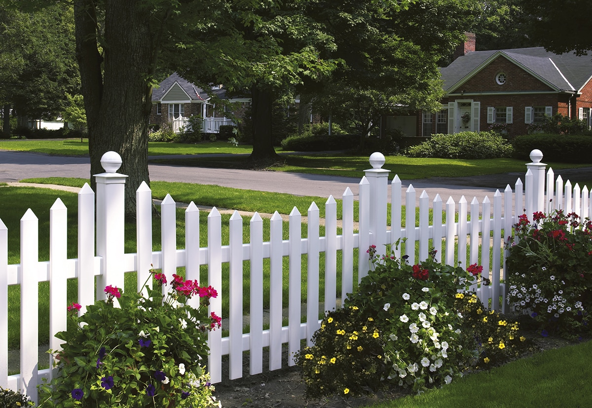 How to Care for Your Aluminum or Vinyl Fence
