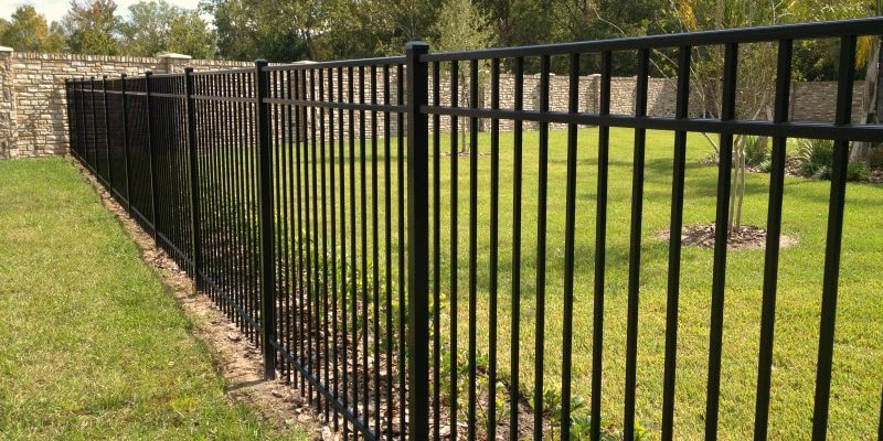 aluminum_types of fences