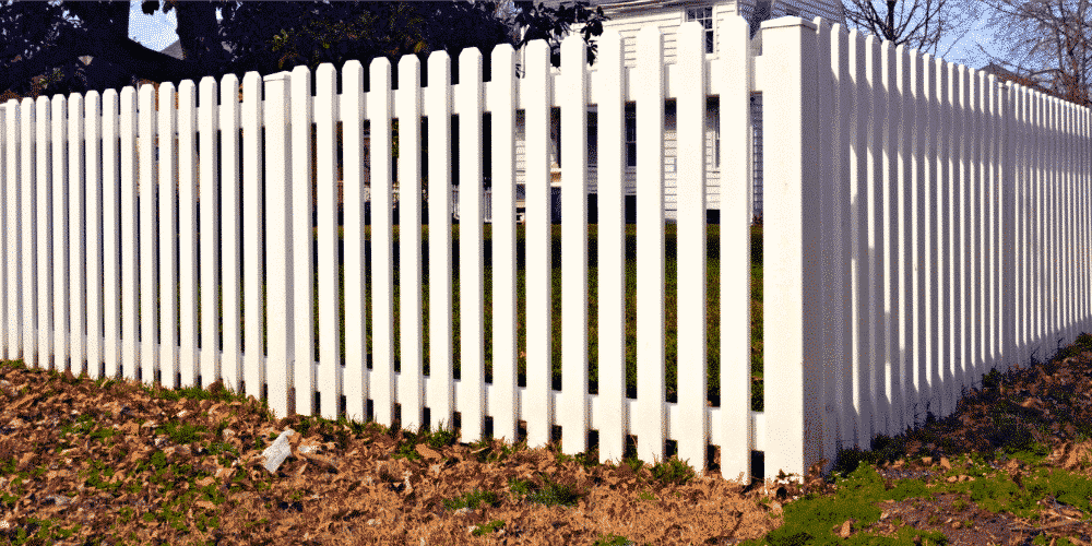 What is Vinyl Fencing