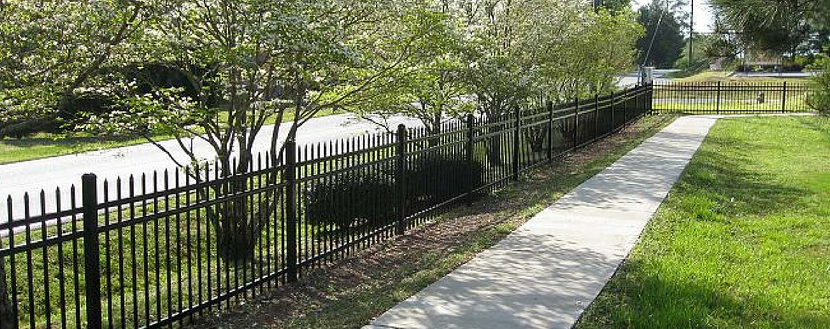 Elite Fencing by Maintenance Free Outdoor Solutions