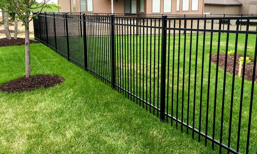 Guide to Aluminum Fencing