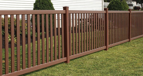 CertainTeed Baron Fence (great for dogs)