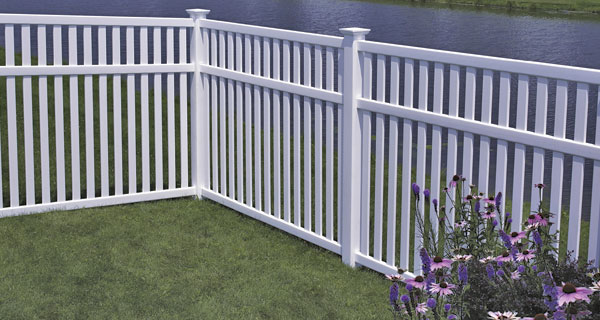 CertainTeed BuffTech Baron Fence (great for dogs)